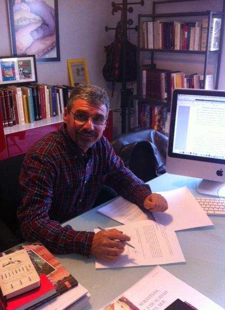 """Fernando Martínez: """"Escribo las historias desde el destierro"""""""
